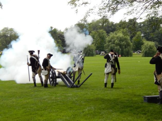 7-4-2013 Cantigny - 4 cannon