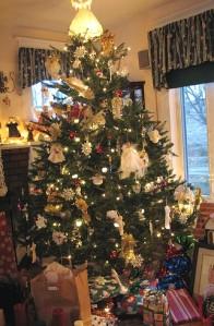 angel-christmas-tree