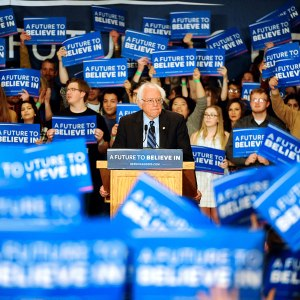 bernie-sanders-supports-factor-campaign-r